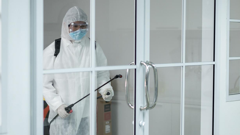 limpieza y desinfección con nebulización electrostática